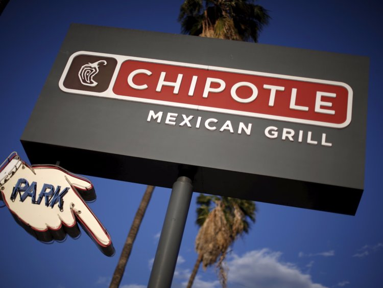Chipotle Temporarily Closes Restaurant After Rodent Video Goes Viral